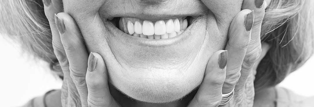 Manhattan Beach Solutions for Common Denture Problems